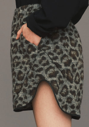 SHORTS - WOOL COATING animal print