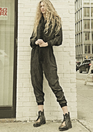 JUMPSUIT LONG OVERSIZED - JACQUARD SATIN black snake - BERENIK