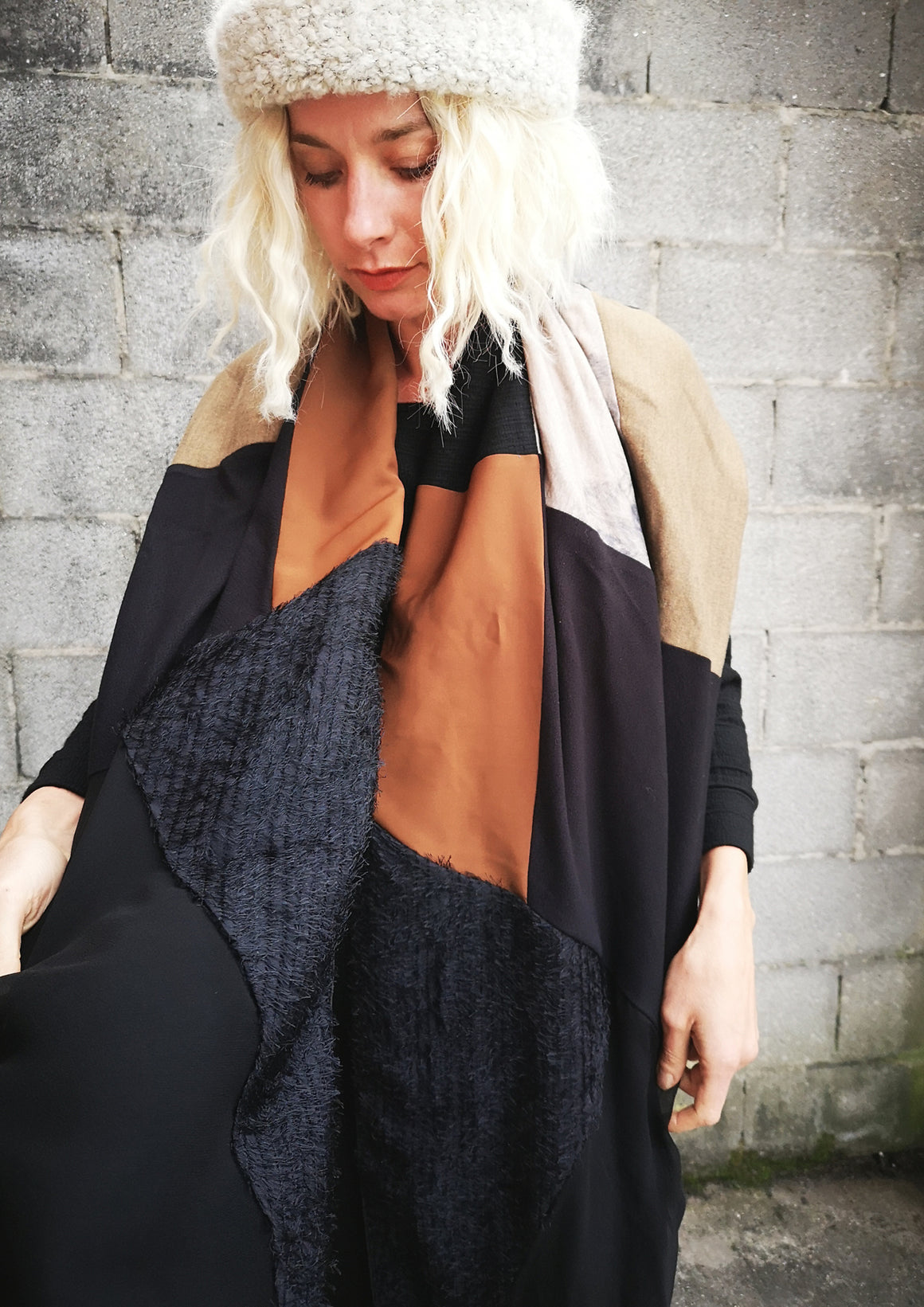 LIMITED EDITION - SCARF TRIANGLE PATCHWORK - khaki/black/print