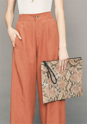 LAPTOP CASE - LEATHER printed snake color