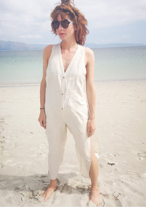 JUMPSUIT LONG SLEEVELESS SIDE SLOTS - NATURAL LINEN white - BERENIK