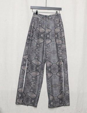 SAMPLE - PANTS WITH ELASTIC WAIST SLOTS WITH ZIP - LINEN print snake