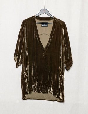 SAMPLE - SHIRT DEEP V NECK - SILK VELVET gold