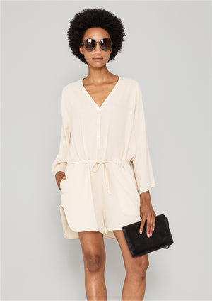 JUMPSUIT SHORT-LOOSE/BELT - creme - BERENIK