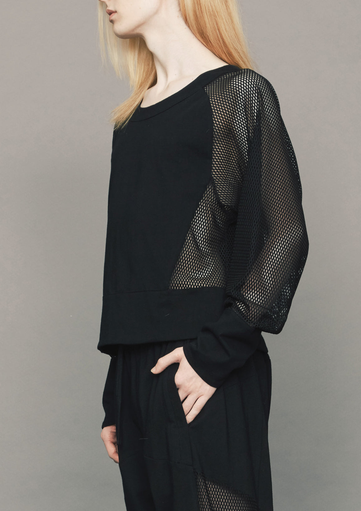 SUMMER SWEATER - AIRY MESH black