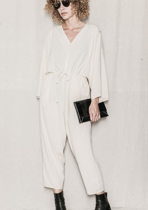 JUMPSUIT LOOSE w. BELT - creme - BERENIK