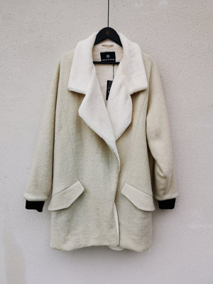SAMPLE - COAT W. FUR LINING - WOOL BLEND ivory