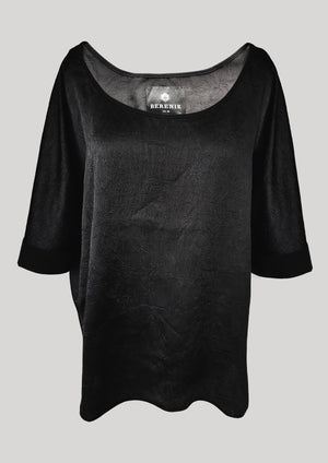 TOP OVERSIZED BLACK SHINY