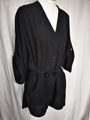 SAMPLE - JUMPSUIT SHORT V COLLAR WITH BUTTONS, ROLLUP SLEEVES, BELT AND POCKETS - black