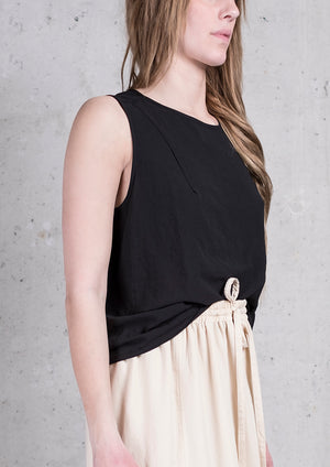 TOP SHORT SLEEVELESS BLACK PLAIN - BERENIK