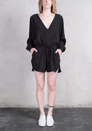 JUMPSUIT SHORT OVERSIZED -  HEAVY DRAPING black