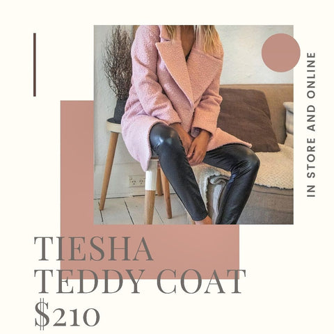 Lost In Lunar, Tiesha Teddy Coat