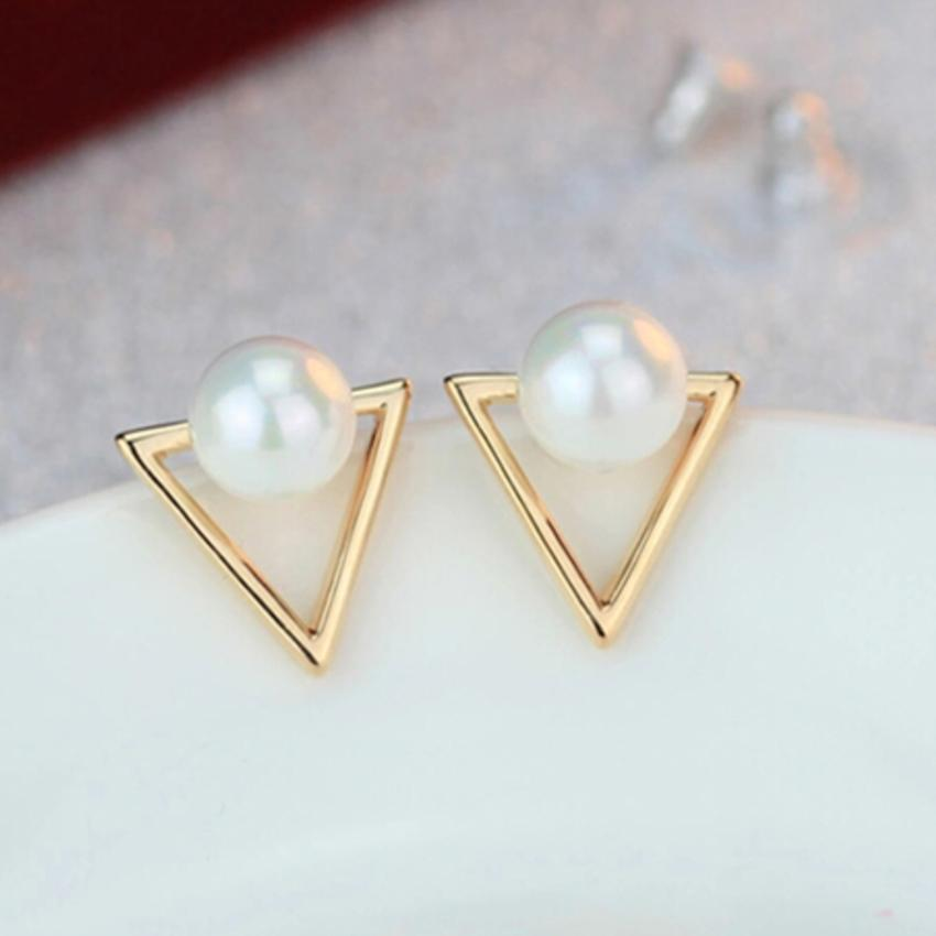 The Triangle Pearl Earrings