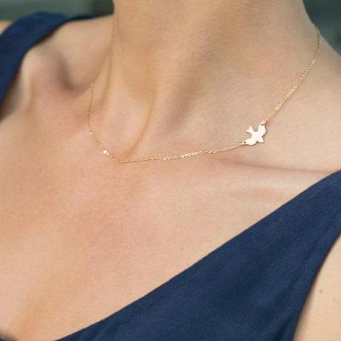 The Chic Gold Bird Necklace
