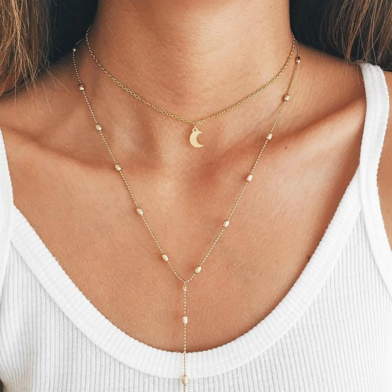 The Elegant Moon Necklace