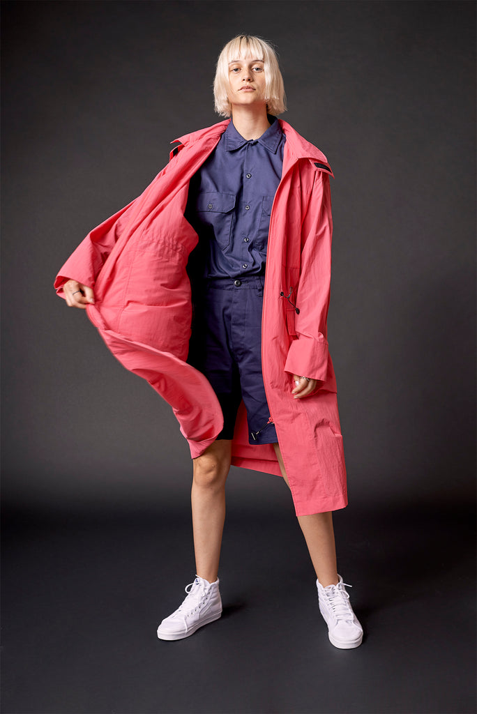 PACKABLE TRENCH IN HIBISCUS (SOLD OUT)