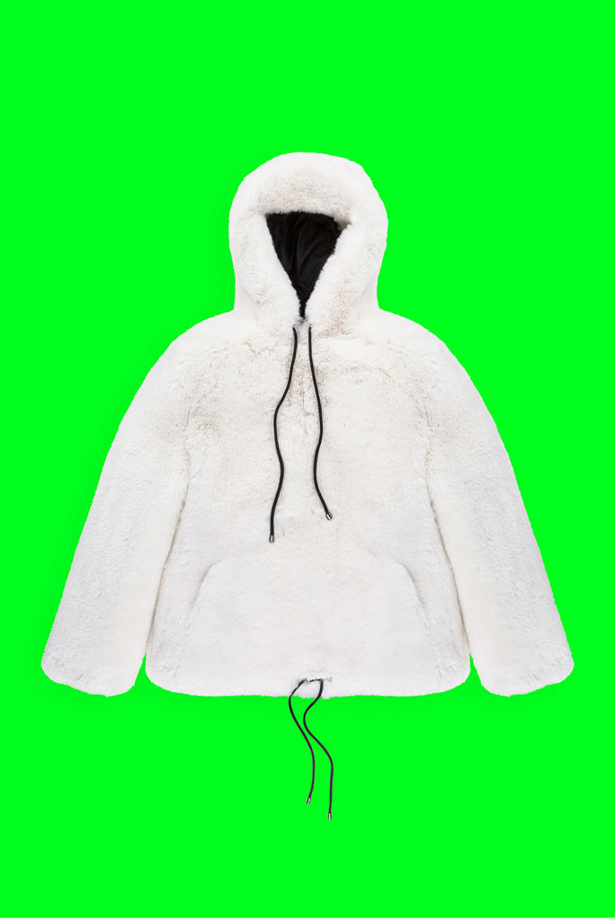 FUR PULLOVER IN WHITE