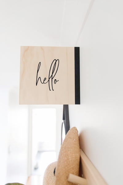 Hello/Goodbye Sign
