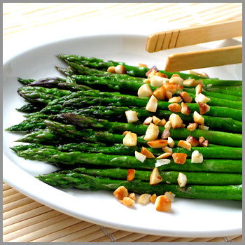 Roasted Garlic Mac Asparagus