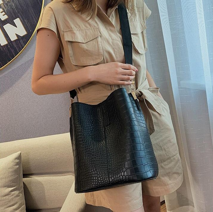Skyla - Crocodile Luxury Handbag - Trend Ark