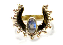 Horn Ring in Brass with Labradorite