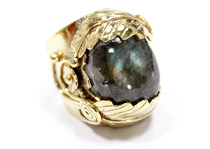Feathers & Flowers Ring In Brass with Labradorite