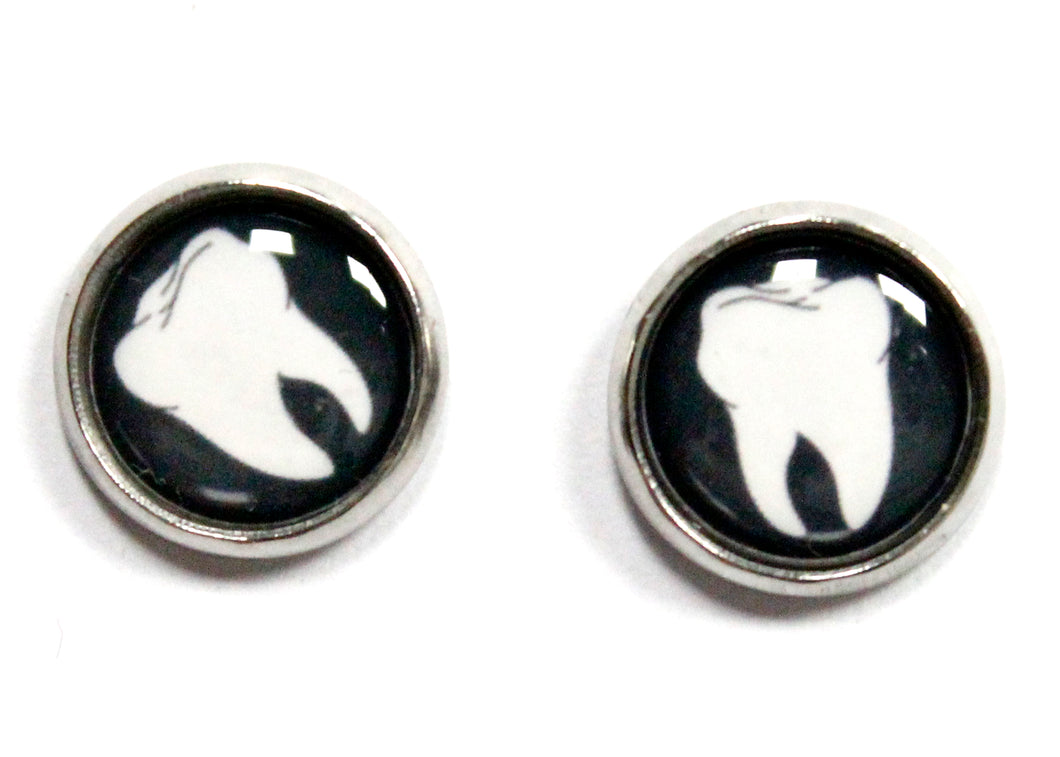 Tooth Round Stud Earrings