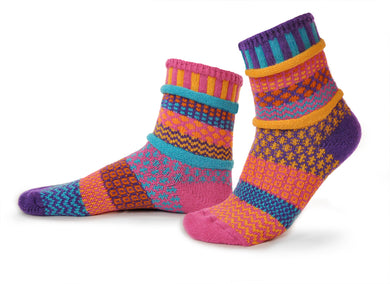Adult Crew Socks in Carnation