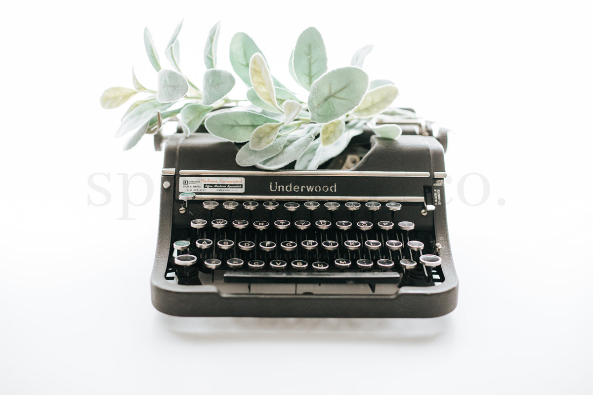Greenery & Typewriter