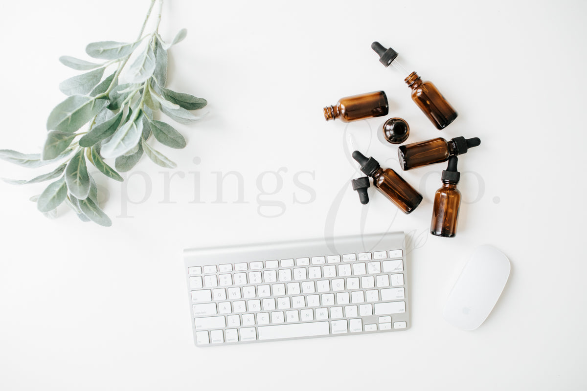 Essential Oils Desktop 2