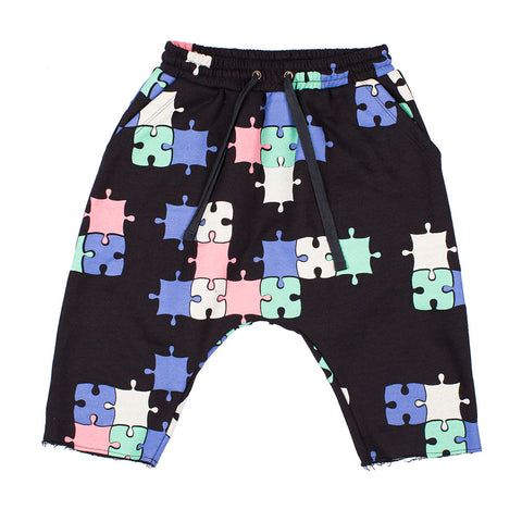 PUZZLE LOW CROTCH TRACK SHORTS