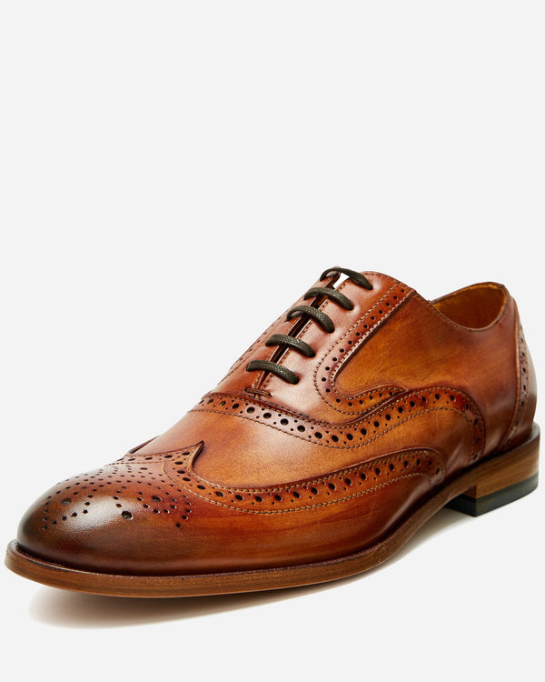 Brogue Detailed Oxford Shoe