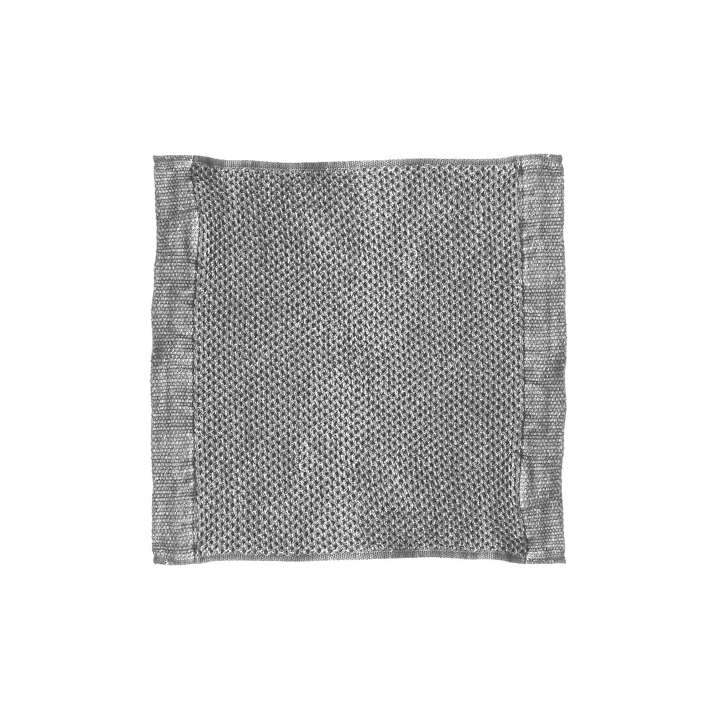 Vintage Waffle Wash Cloth is 95% Cotton and 5% Linen. The highly absorbent, fast-drying threads are delicately woven into small plaits which maximise their absorbency and create an incredibly soft towel. Vintage Grey, 30cm x 32cm