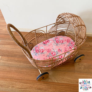 Dolly Pram fitted sheet