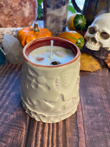 Candle in handcrafted vessel with the scent * Autumn night* 🍁