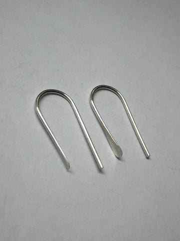 Small simple hammered earrings