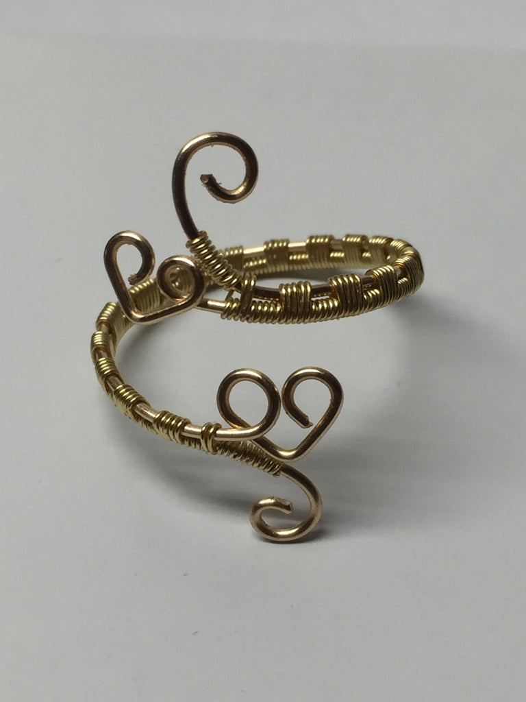 Adjustable wire wrapped ring – Twisted Mastery