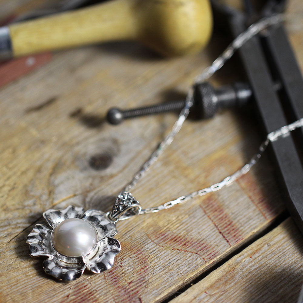 Glass Pearl in Sterling Silver Flower Angle