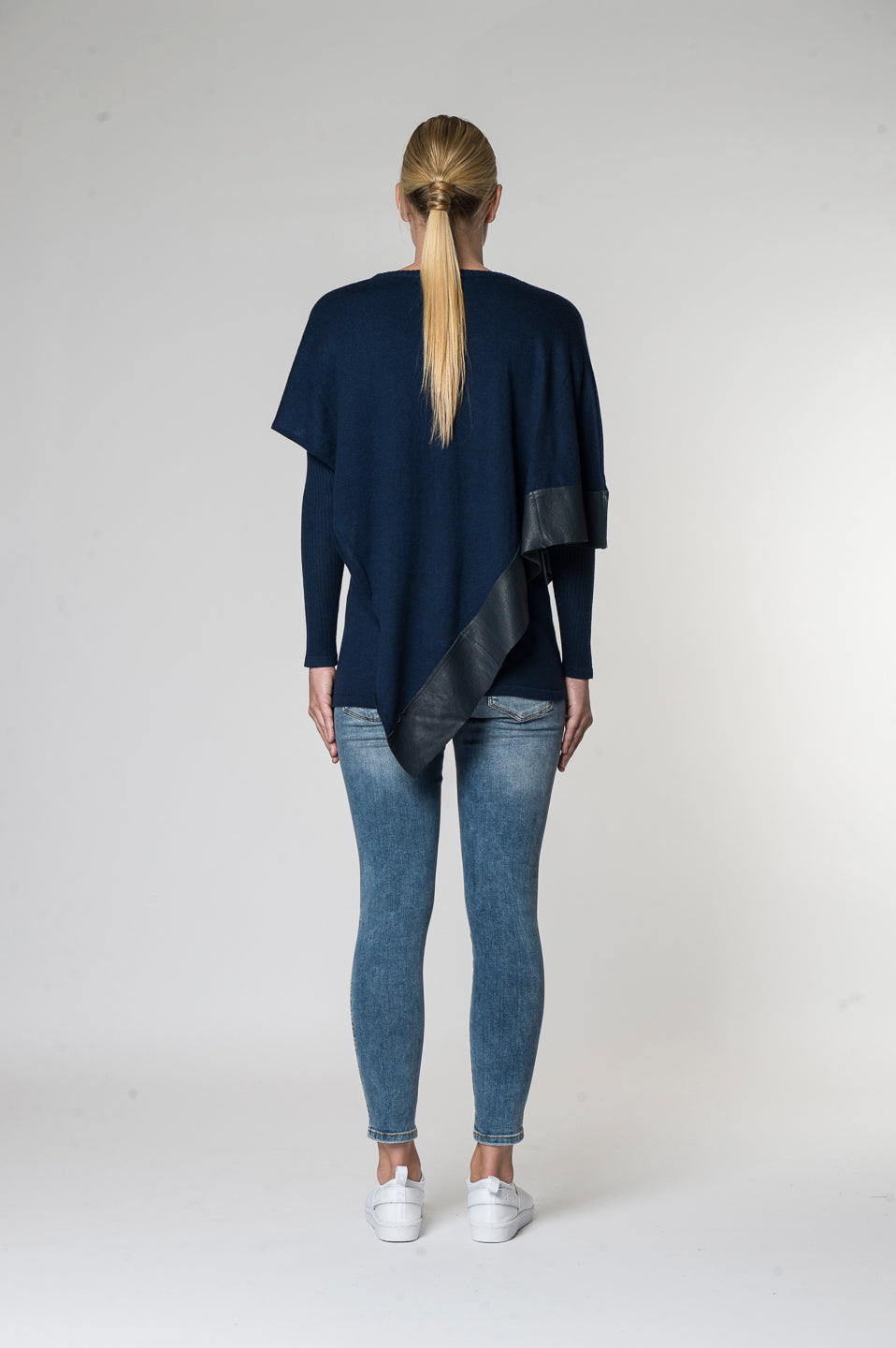 Alexis knitwear top Midnight Back