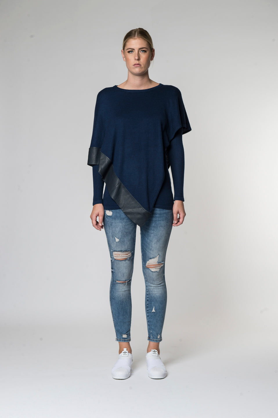 Alexis knitwear top Midnight Front