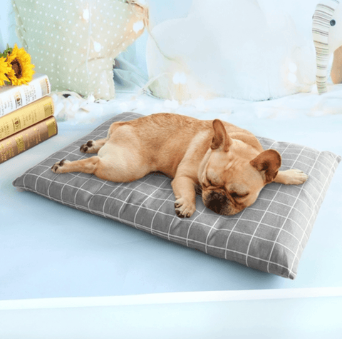 Gray Plaid Pet Bed