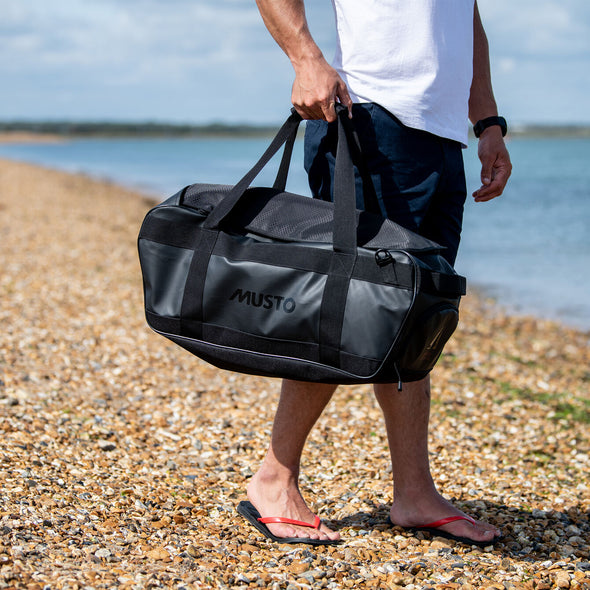 MUSTO  30L DUFFLE BAG BLACK *(Online Only)