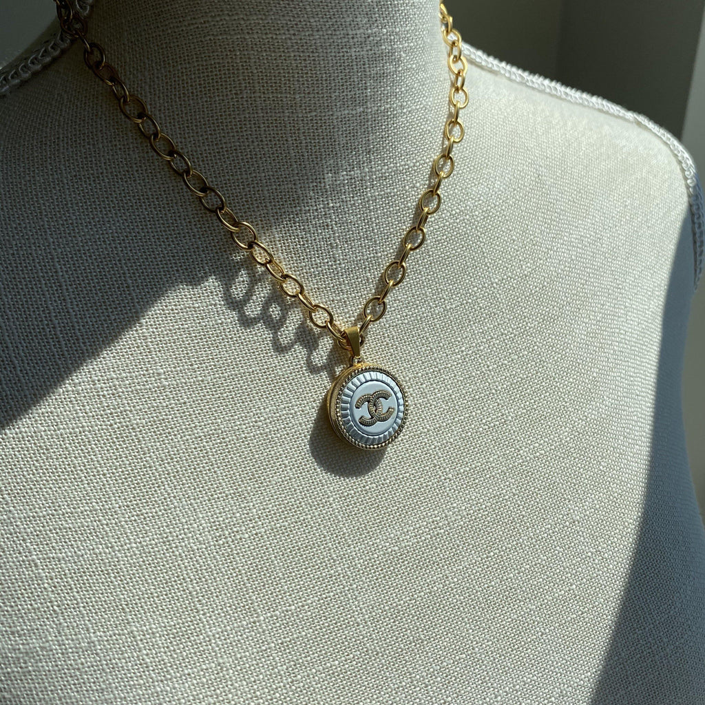 COCO BLANC Necklace