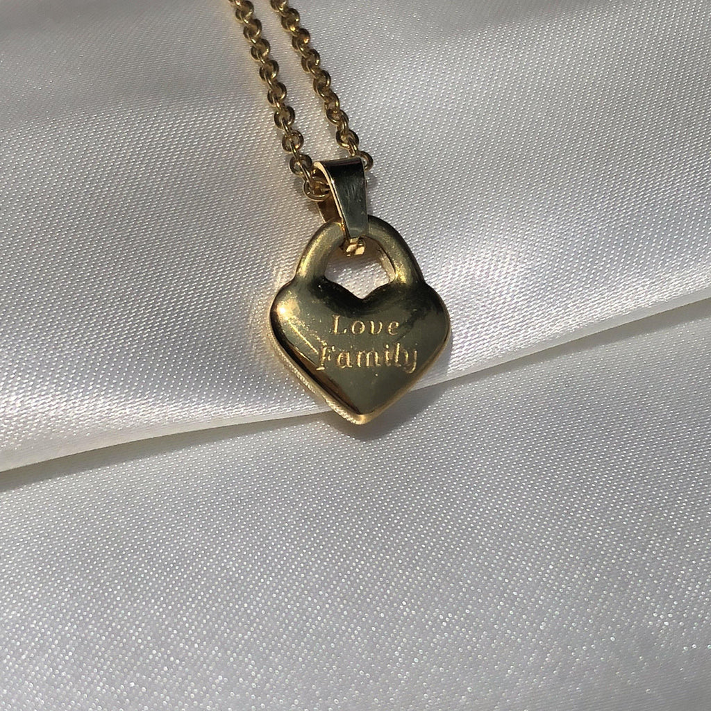 Love Family necklace