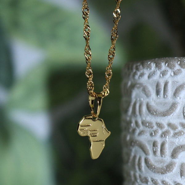 Mini Africa necklace