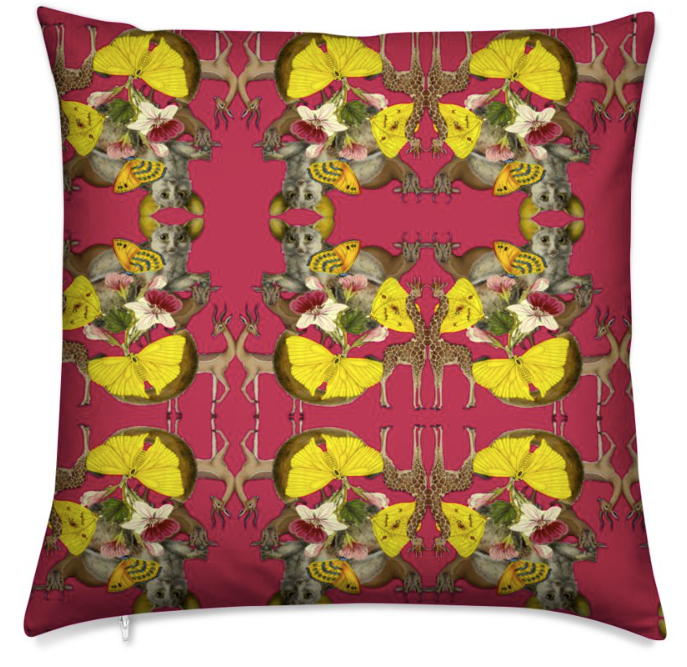 MES AMIES MEDIUM CUSHION -ROUGE