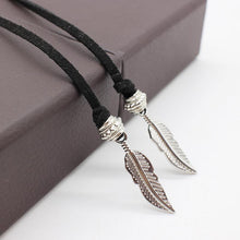 Feather Choker