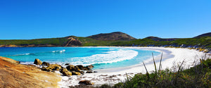 Hellfire Bay in Cape Le grand National Park Wave Print