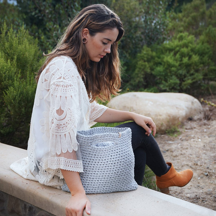 WOOLANDMOON | KNITTED GREY BAG