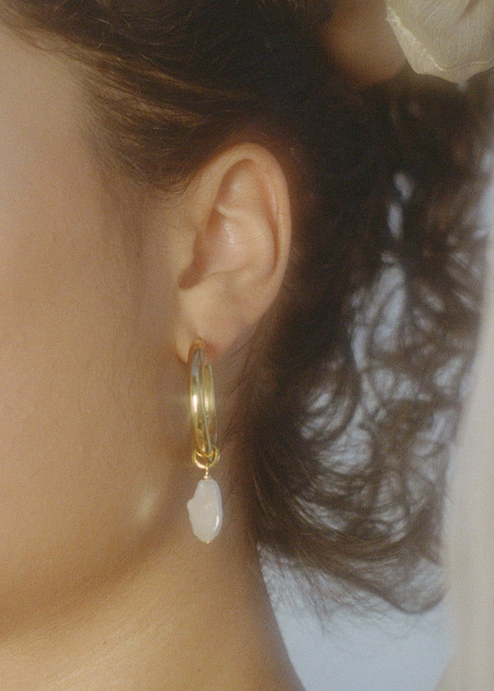 Fresh Pearl Hoop Earrings